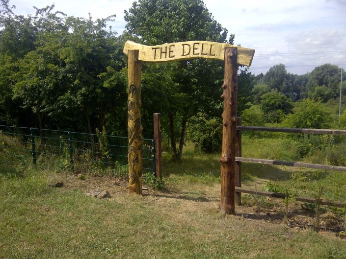 Chainsaw Carving Gallery | The Dell Carved Wooden Signage