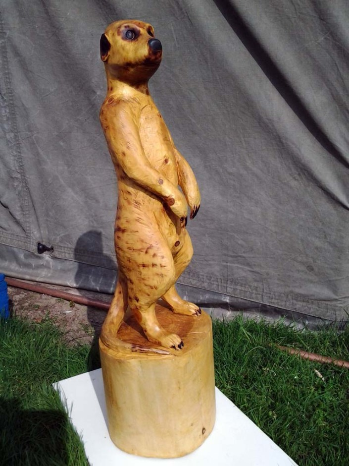 Chainsaw carvings gallery | Meercat sculpture front view